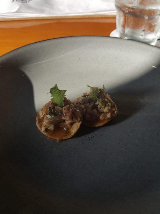 La Revolucion Comedor Mini Ceviche Tostada