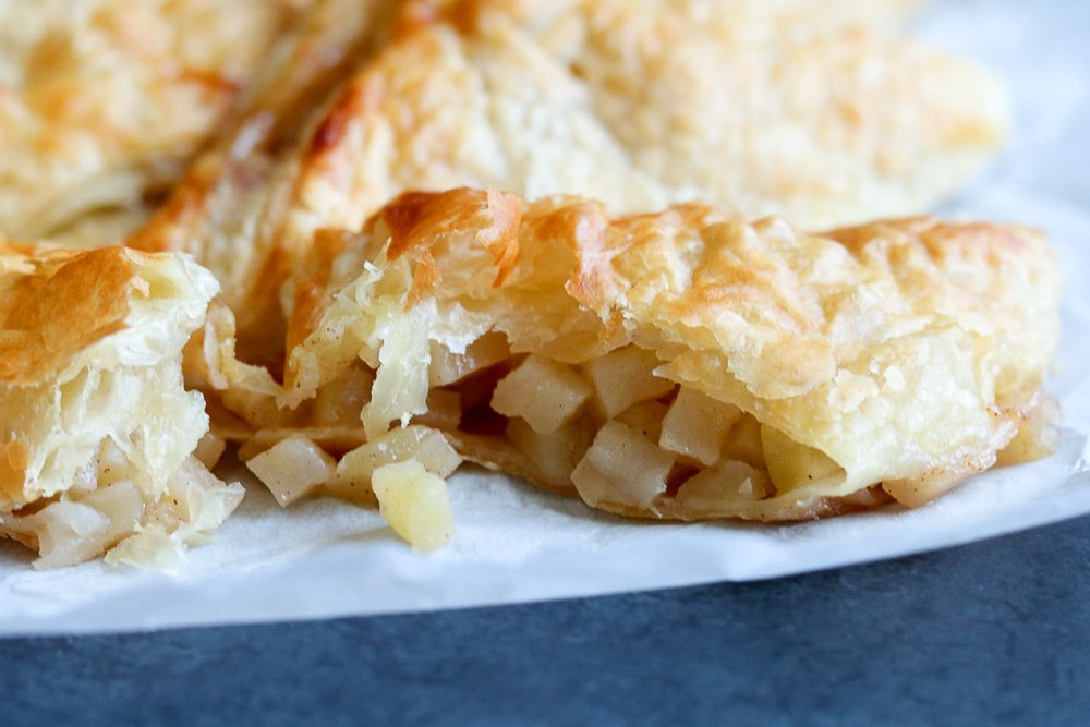 puff pastry with cooked apples
