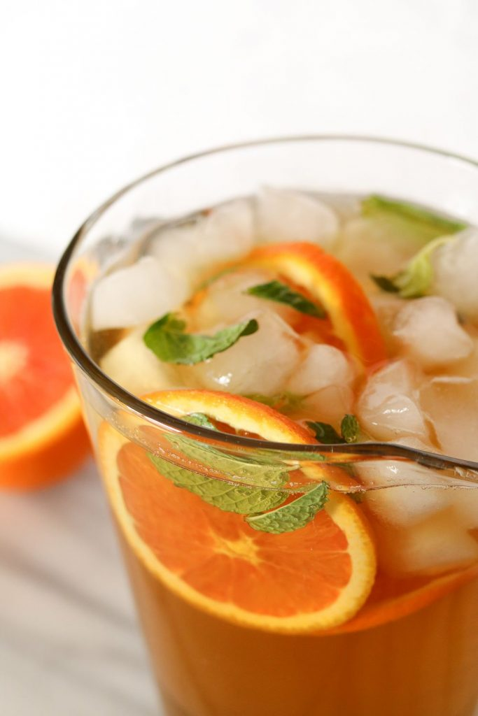 iced green tea with orange and mint